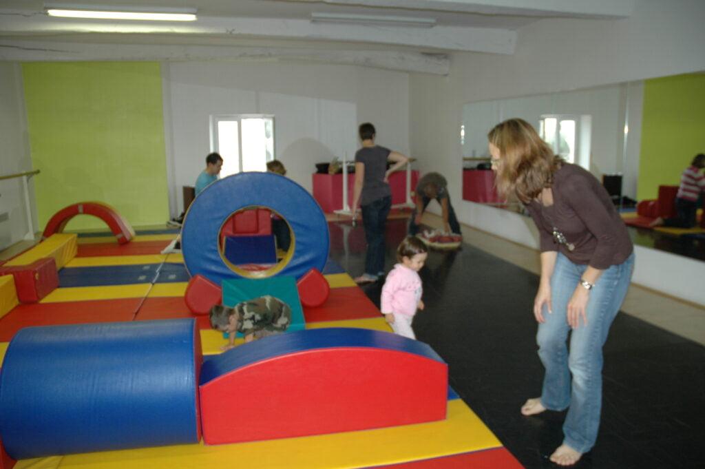Atelier Bébé Gym 2009 avec 2 partenaires